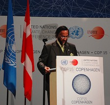 Should Rejandra Pachauri step down from the IPCC?