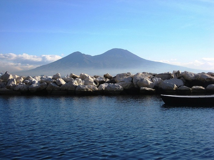 Naples plans on tapping into the volcano at Mt. Vesuvius for sustainable geothermal energy production