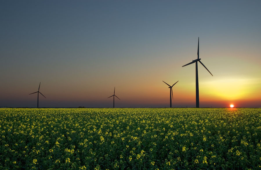 Renewable energy provides 56 percent of all new generating capacity in the United States in the first half of 2014