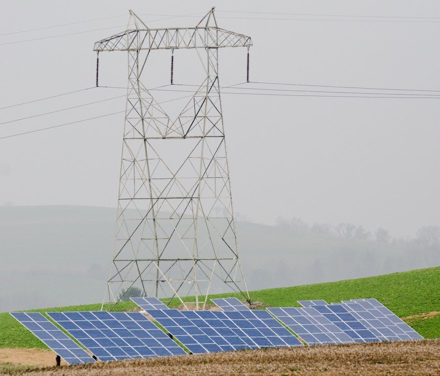 Solar and wind comprise 100 percent of new electrical generation for April 2015