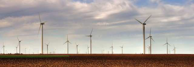 The Smoky Hills Wind Farm in Kansas. Drenaline/Wikimedia Creative Commons.