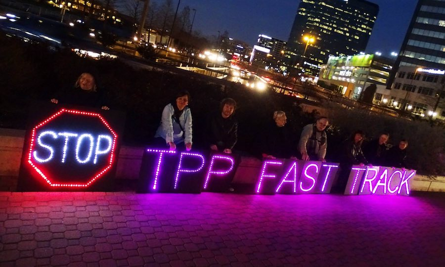 "Should we ""fast track"" the Trans-Pacific Partnership?"