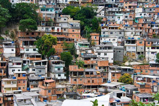Widespread poverty and inequality in Rio