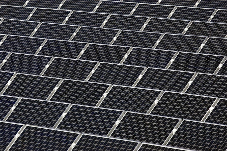 "Failure of materials in solar panels already in the field. DuPont calls for more rigorous ""real-life"" testing standards"