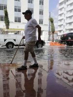 sunny-day-flood-rising-seas
