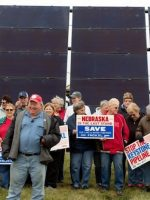 Solar XL - A coalition protesting the Keystone Pipeline by proposing solar panels along its proposed route